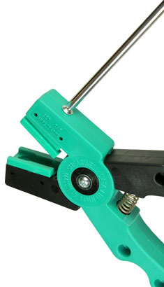 Image of SET tag applicator and screwdriver