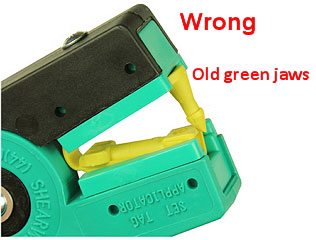Image of SET tag with old green jaws